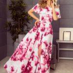 Dlouhé dámské šaty s velkými růžovými květy a španělským výstřihem 194-2