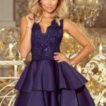 Exkluzivní tmavě modré dámské šaty s krajkovým výstřihem a pěnou 207-2 ALEXIS