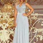 LEA – Dlouhé dámské šaty ve stříbrné barvě bez rukávů a s vyšívaným výstřihem 215-1