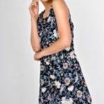 Dámské šaty s květovaným vzorem