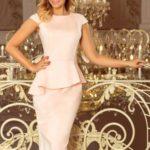 Elegantní semišové šaty v pastelově růžové barvě a v délce midi 192-8