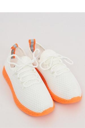 sportovni-obuv-model-132853-inello.jpg