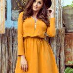 NANCY – Dámské šaty v hořčicové barvě se zipem 283-1