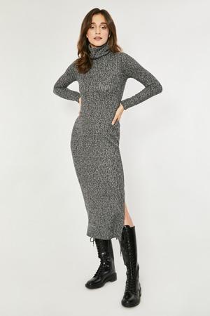 denni-saty-model-138589-click-fashion.jpg