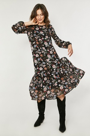 spolecenske-saty-model-138862-click-fashion.jpg