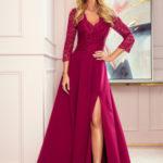 AMBER – Elegantní dlouhé krajkové dámské šaty ve vínové bordó barvě s dekoltem 309-1