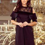 Volné černé dámské šaty s krajkou a odhalenými rameny 247-1