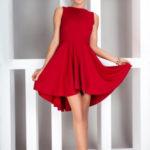 Dámské šaty exkluzivní vyrobené z vysoce kvalitního materiálu Lacoste červené – Červená – Numoco