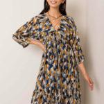 Modré a žluté květinové šaty