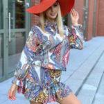 Multibarevné dámské mini šaty se stojáčkem (680/2ART)