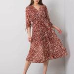 Cihlové šaty se vzory