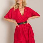 RUE PARIS Tmavě červené skládané šaty