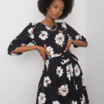 Černé šaty s květinovým potiskem