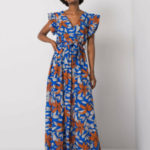 Tmavě modré maxi šaty se vzorem