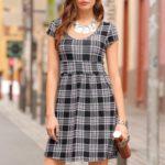 Laura Scott Žerzejové šaty Laura Scott černá-bílá kostkovaná